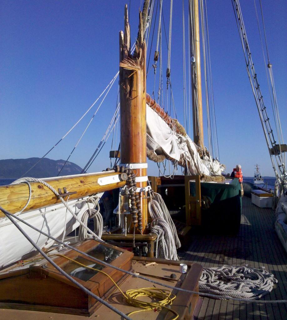 The Pirate Empire Repairs At Sea