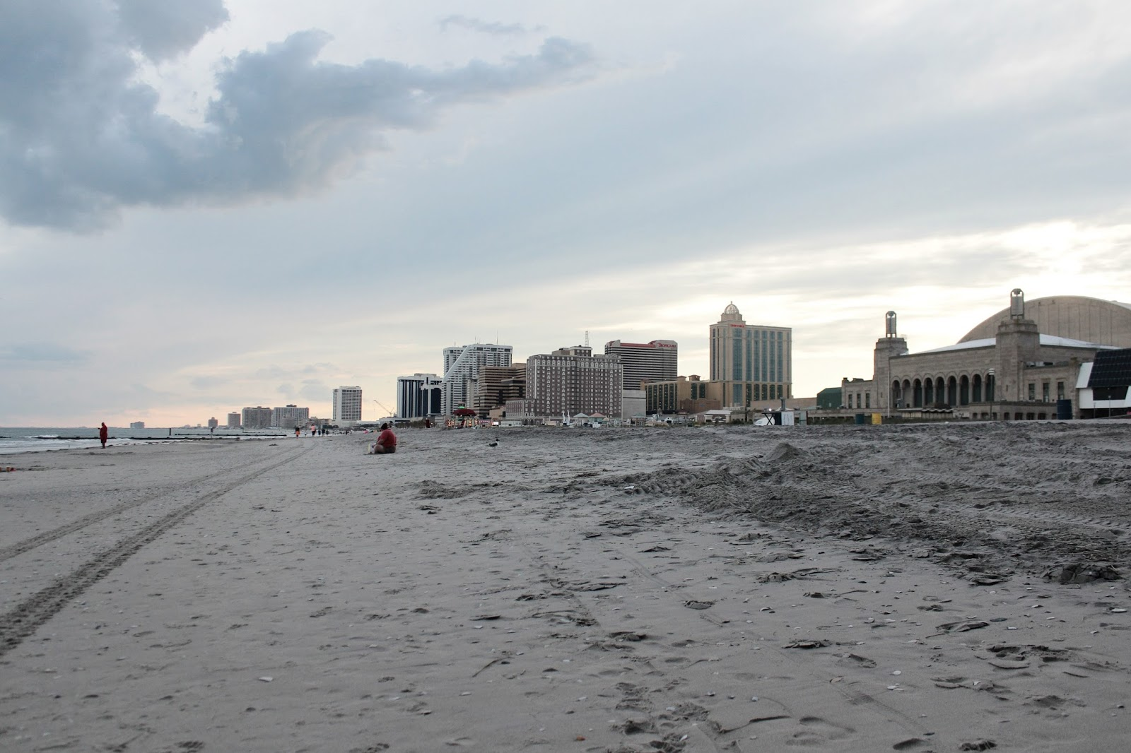 travel tips, five things to do in atlantic city, travel blogger, atlantic city, casino, travel diaries, myriad musings 2017