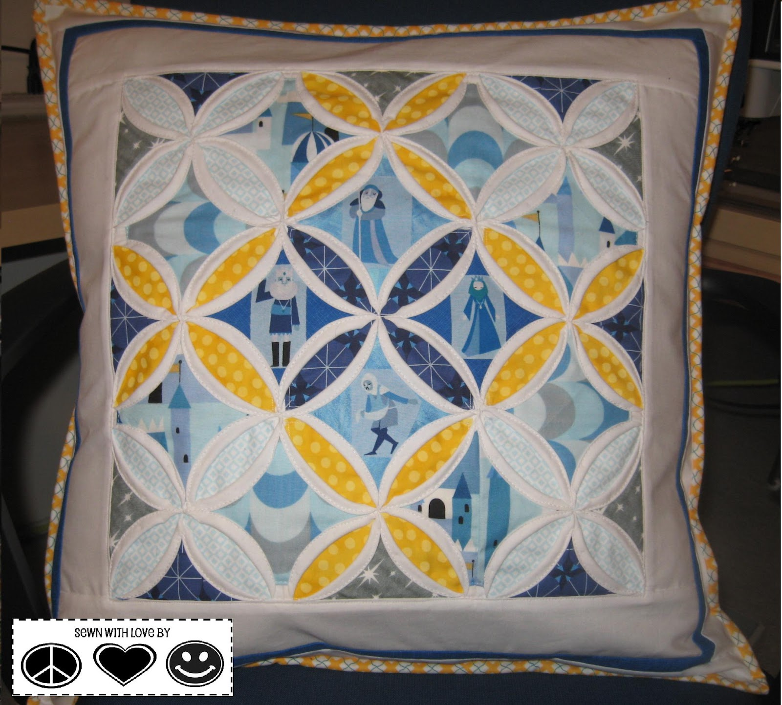 Piece, Love & Happiness!: Cathedral Window Pillow