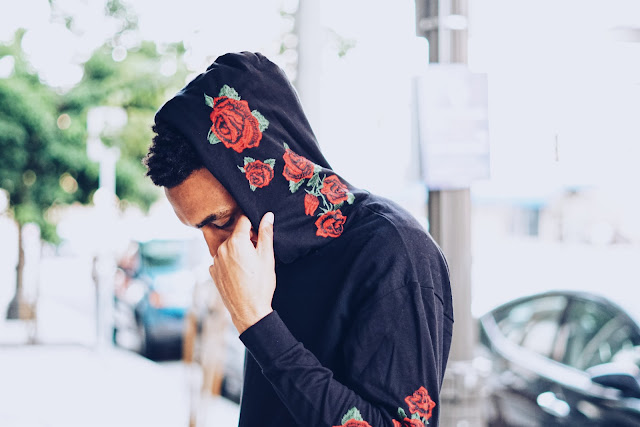 Mens Embroidered Rose Hoodie Mens Fashion Street Style