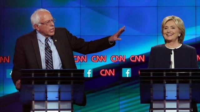 """Escándalo: CNN """"soplaba"""" las preguntas del debate a Clinton"""