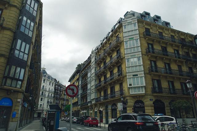 ベルガラ通り(Calle de Bergara)