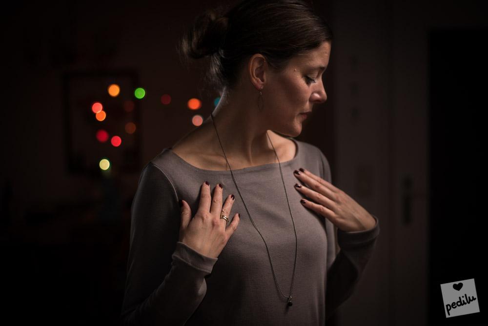 Weihnachtsedition aus dem stoffbüro: Kuschel-Feinripp in taupe – Schnitt: »Else«
