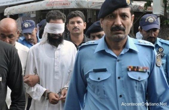 Musulmán detenido por acusar falsamente