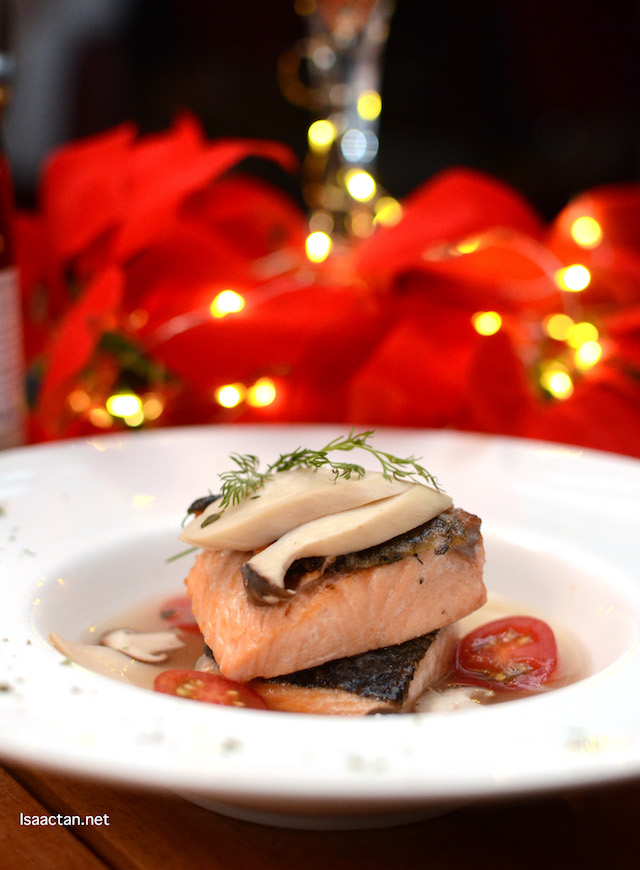 Poached Salmon in White Wine Broth