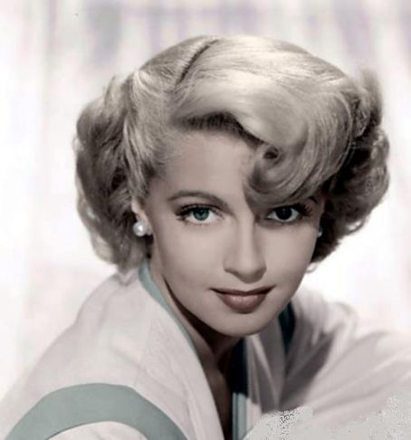 Because it's Friday…and it's Lana Turner – Blazing Cat Fur