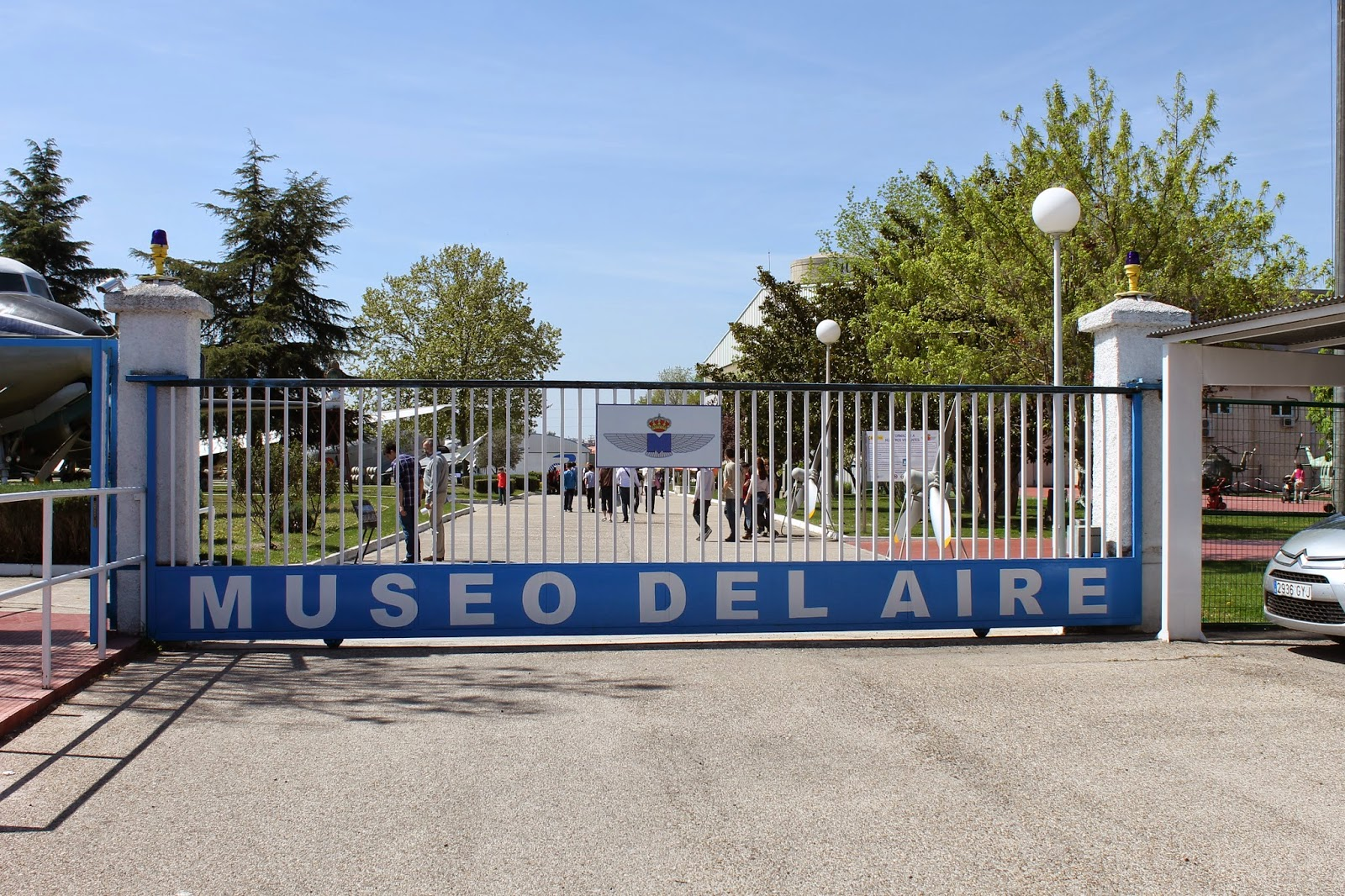 Viajar cueste lo que cueste museo del aire en madrid - Como llegar a la puerta del sol ...