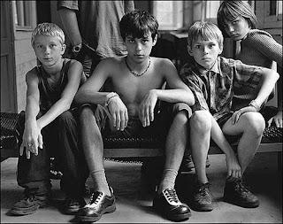 Фотография подростков