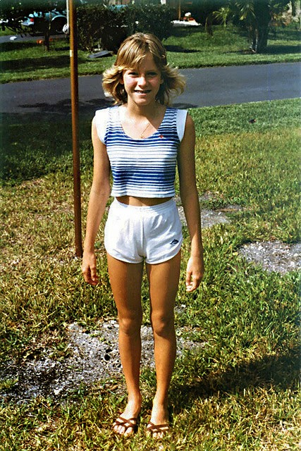 Vintage Everyday Pictures Of Teenagers Of The 1980S-9747