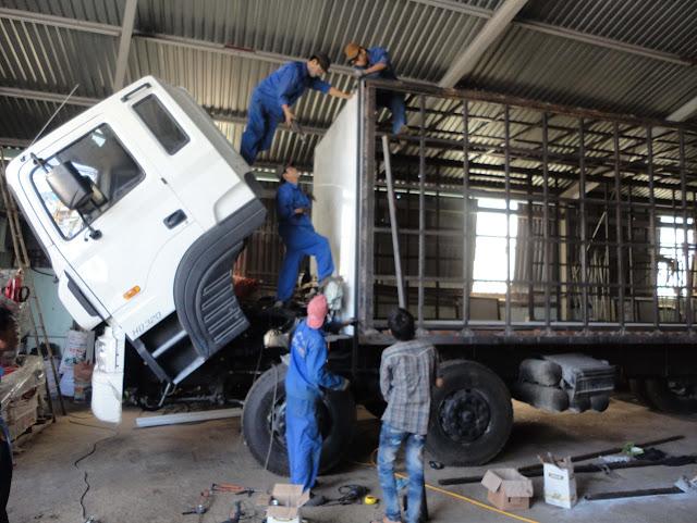 Cơ sở đóng thùng xe tải mới