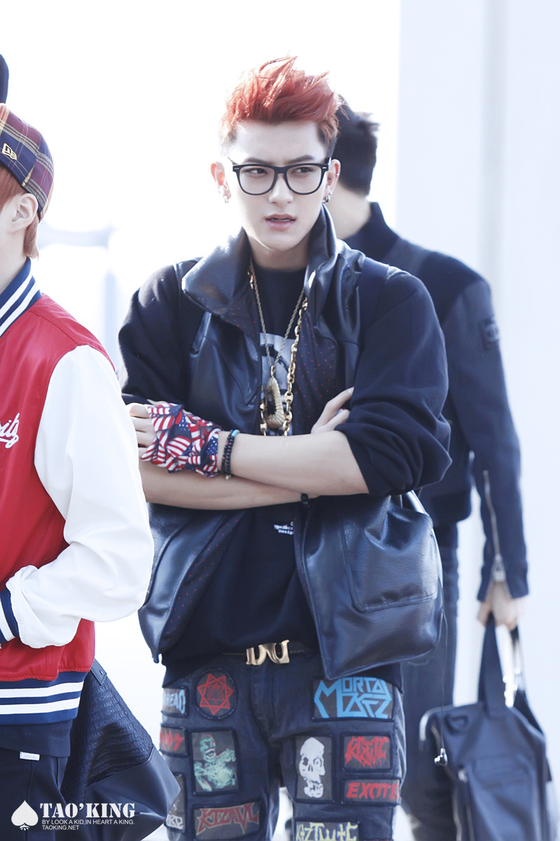 oddnessweirdness exo is always at the airport a fashion
