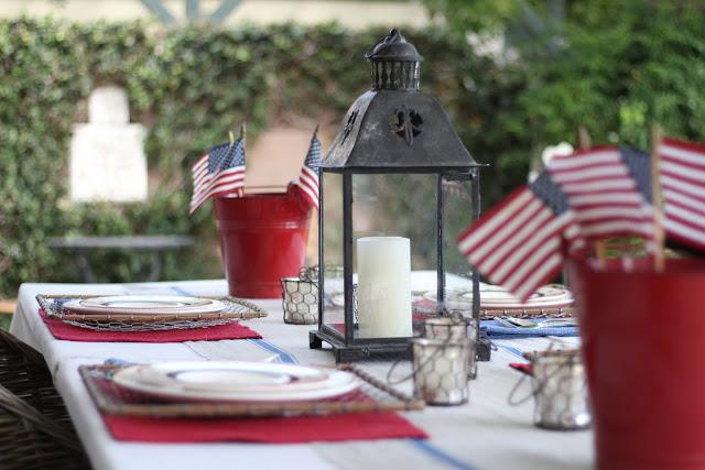 maison-de-cinq-independence-day-tablescape