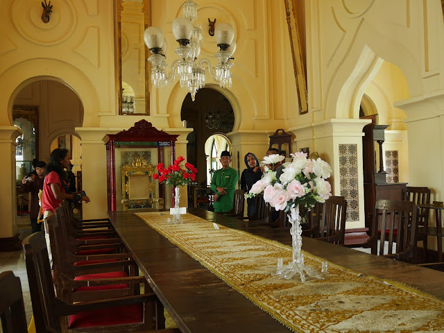 ruang makan istana siak