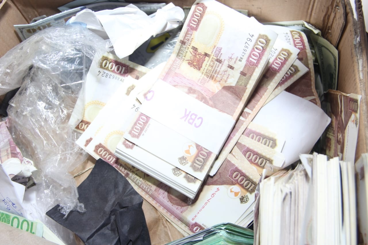 tada%2B4 - SHOCK as police raid a house in Ruiru and recover Ksh 8 Billion in fake currency and fake gold(PHOTOs & VIDEO)