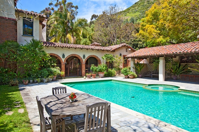 Backyard and the pool of the Mel Gibson Celebrity Home, Lavender Farm Hill, Malibu, California