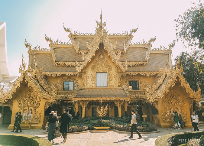 white temple chiang rai travel guide