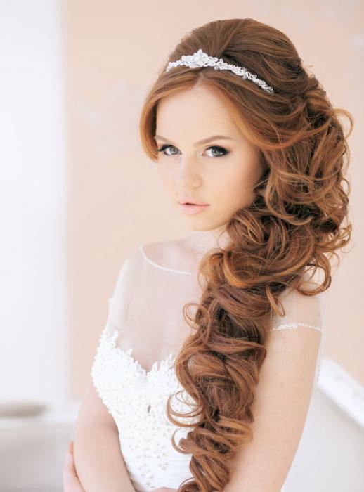 peinados de novia a medio lado