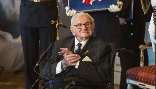 Nicholas Winton homenajeado por haber salvado a 699 niños judíos del holocausto nazi