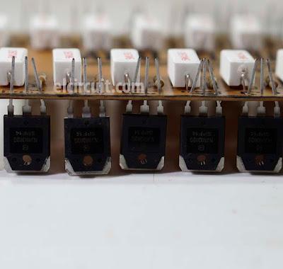 transistor NJW0302 and NJW0281 VS 2SA1943 2SC5200