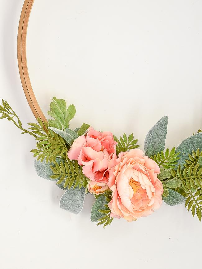 pink floral vintage quilt hoop wreath