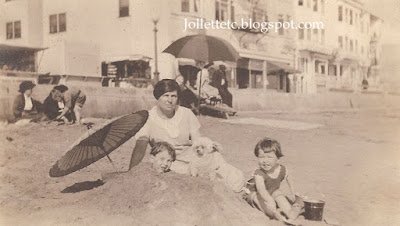 John Jr. and Bob and unknown woman New York beach 1921 https://jollettetc.blogspot.com