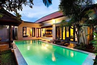 looking for sales executive at Kubu Manggala Villas
