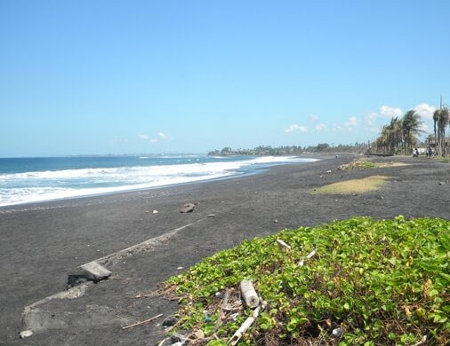 Purnama Beach Bali - A Peaceful Rural Oceanfront and Magnificent Sea View
