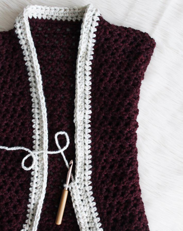 My Fiber Favorites - Ten Best Acrylic Yarn by @thehooknook