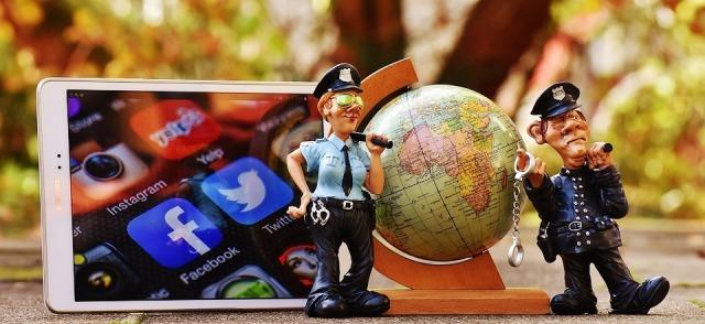 Memahami Social Media Netiquette Etika Berinteraksi Lewat Media Sosial