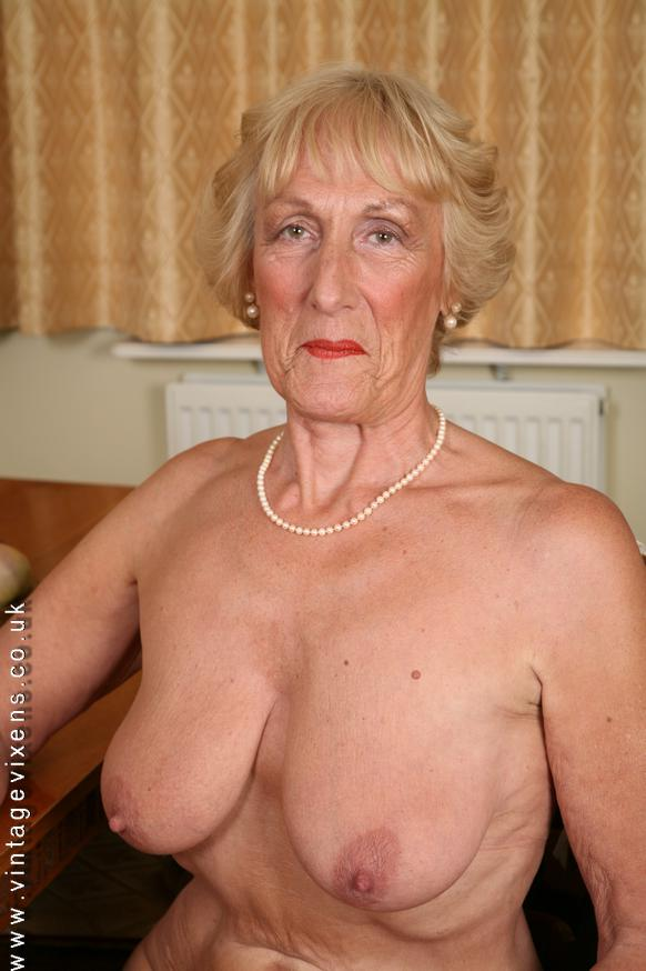 Hot Granny Nude Photos