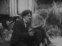 """Кадр из фильма Чарли Чаплина """"Скиталец"""" (1916) - 14"""