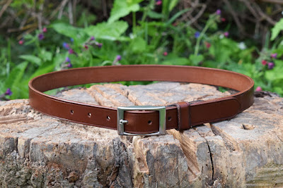 Leather belt made on measure with elastic insert and nickel-free buckle