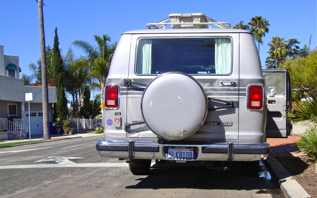Dodge Dealership San Diego >> THE STREET PEEP: 1990 Dodge Ram Van Explorer
