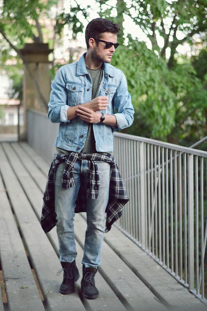 look masculino com camisa xadrez amarrada na cintura