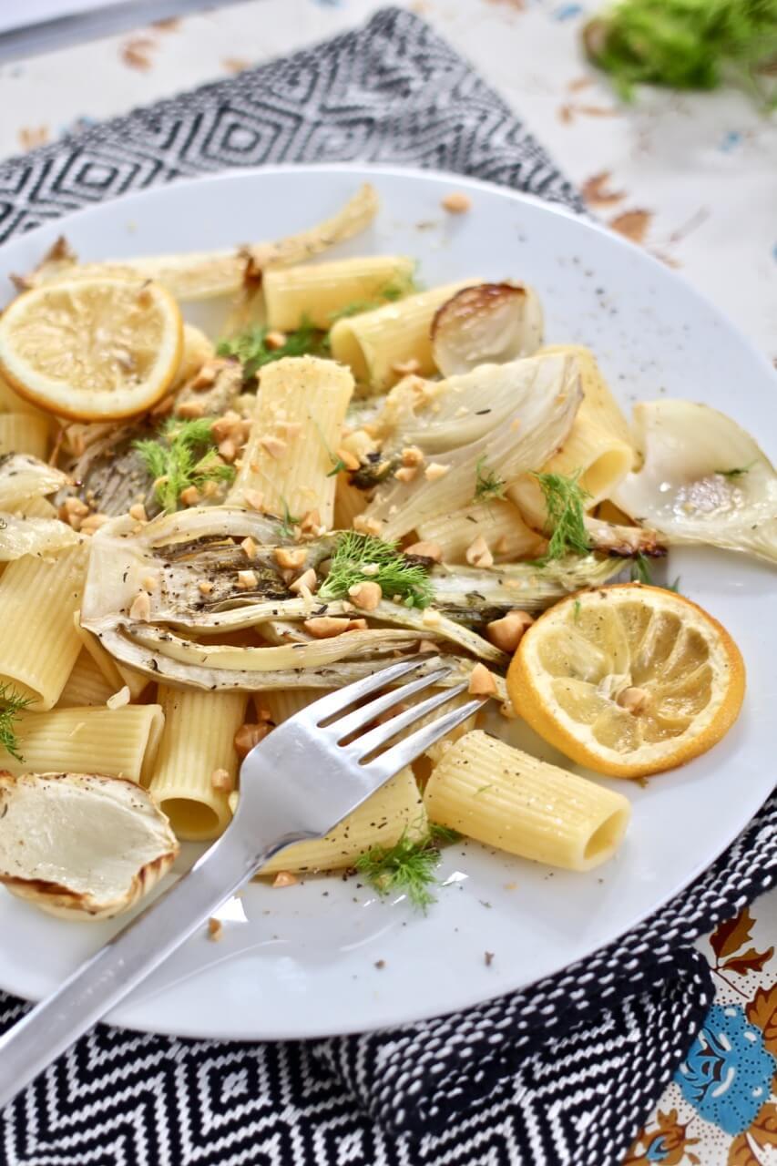 Pasta mit Fenchel und Zitrone