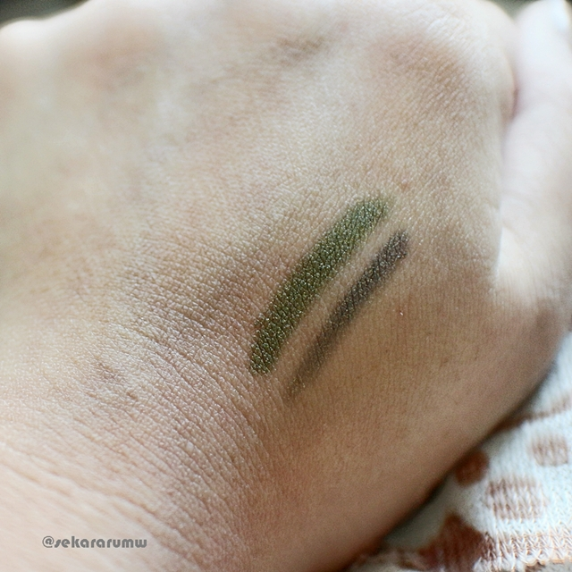 Swatch 2 in 1 Eyeliner & Eyeshadow
