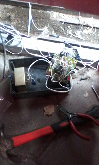 Rangkaian led berjalan 555 dan cd 4017