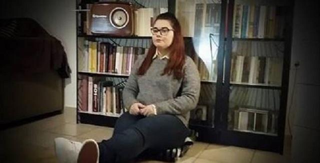 Ουρανία Μιχαλολιάκου: Είμαι στρέητ, είμαι Ελληνίδα και δεν γουστάρω την υποκρισία σας
