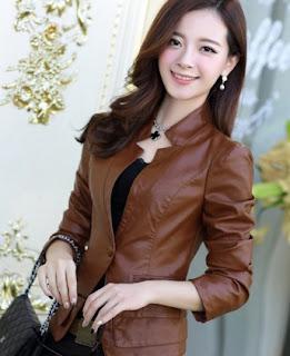 Gambar Jaket Kulit Wanita warna Coklat
