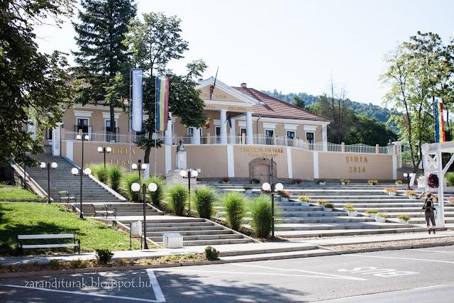 Bohus-kastély Világoson a Zarándi-hegység lábánál