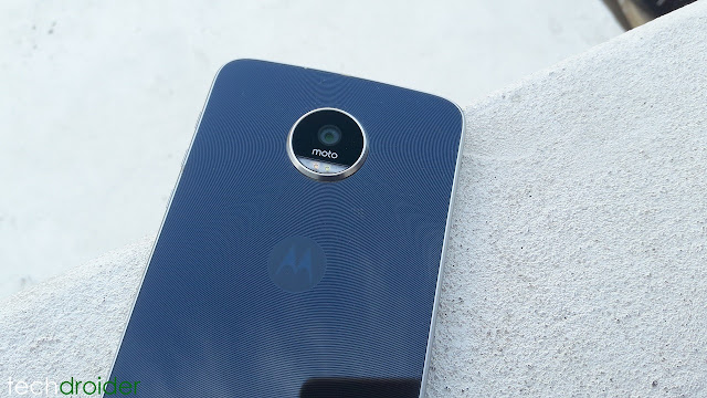 Moto Z Play gets Android Nougat in Canada