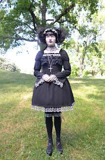 mintyfrills gothic lolita mana old school