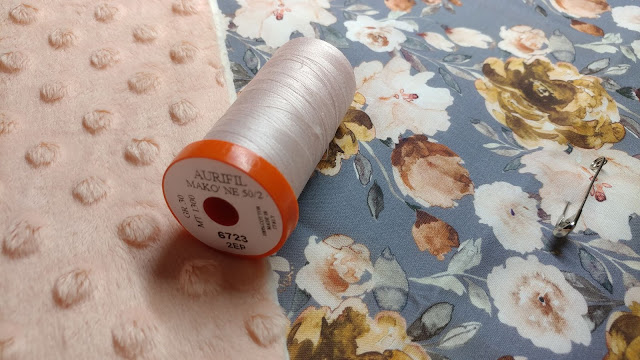 50wt Aurifil thread is great for free motion quilting