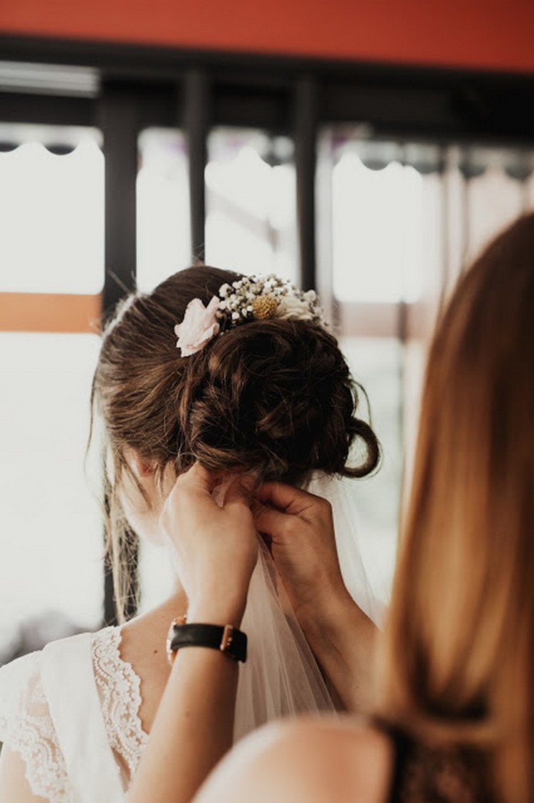 Fleuriste mariage Lyon, Virginie Debourg, coiffure de mariée, Lyon wedding florist, Marie Laporte wedding dress