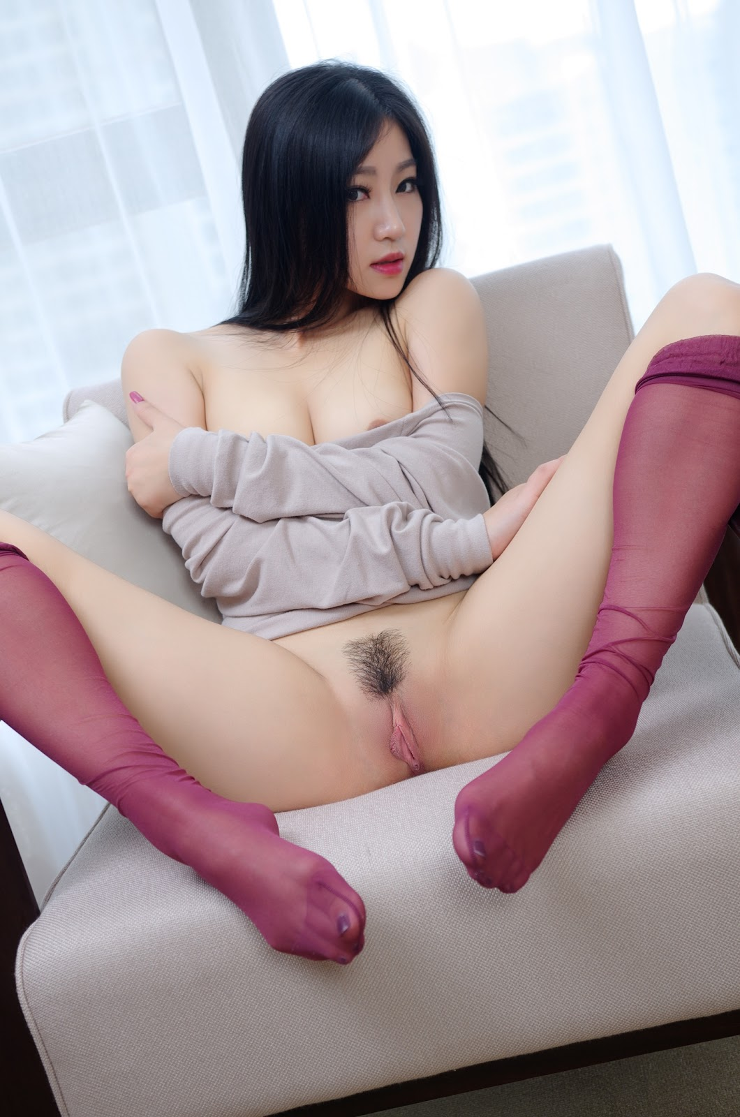 c7pU 9ewBx8 - Cute nude asian model show sexy pussy 2020