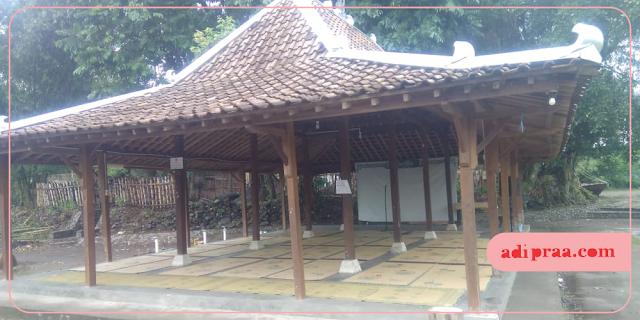 Pendopo Dewi Flory | adipraa.com