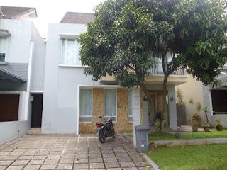 Rp.140.000.000 Disewakan Rumah Full Furnis Tinggal Bawa Baju Di Cluster Lavanoise Sentul City (Code:178)