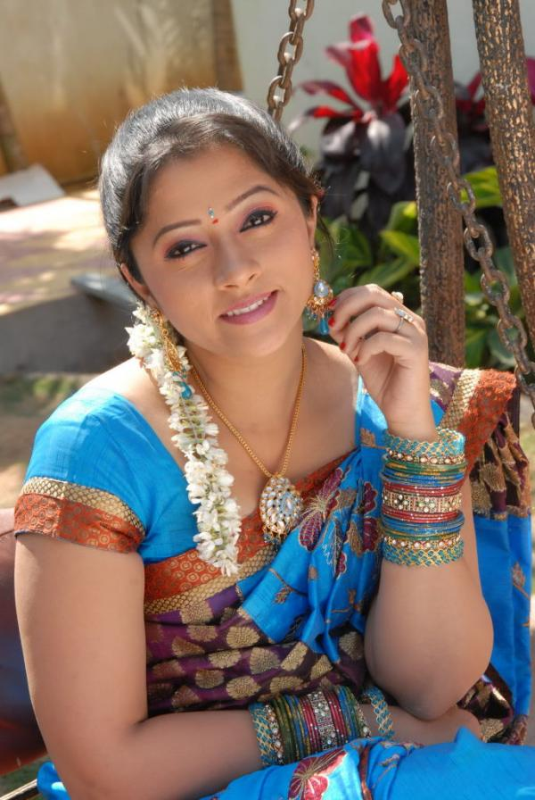 Telugu-Serial-Actress-Lahari-Images-3-3100