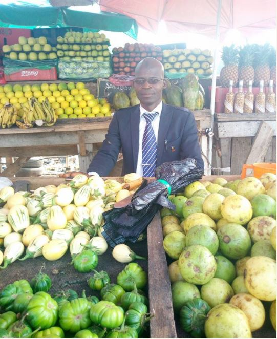 Adamawa Fruit Seller Wears Suit For His Business... See His Touching Reason (Photos)
