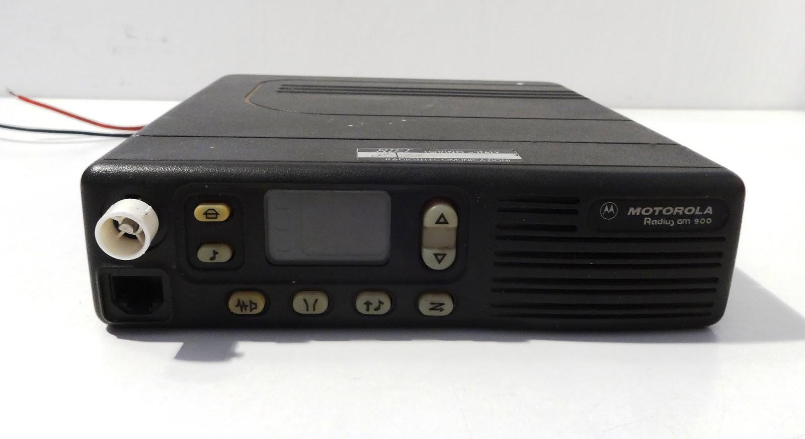 Wspaniały mircogarau: Ripetitore Motorola Radius GM 900 VHF Type MR304B SF58